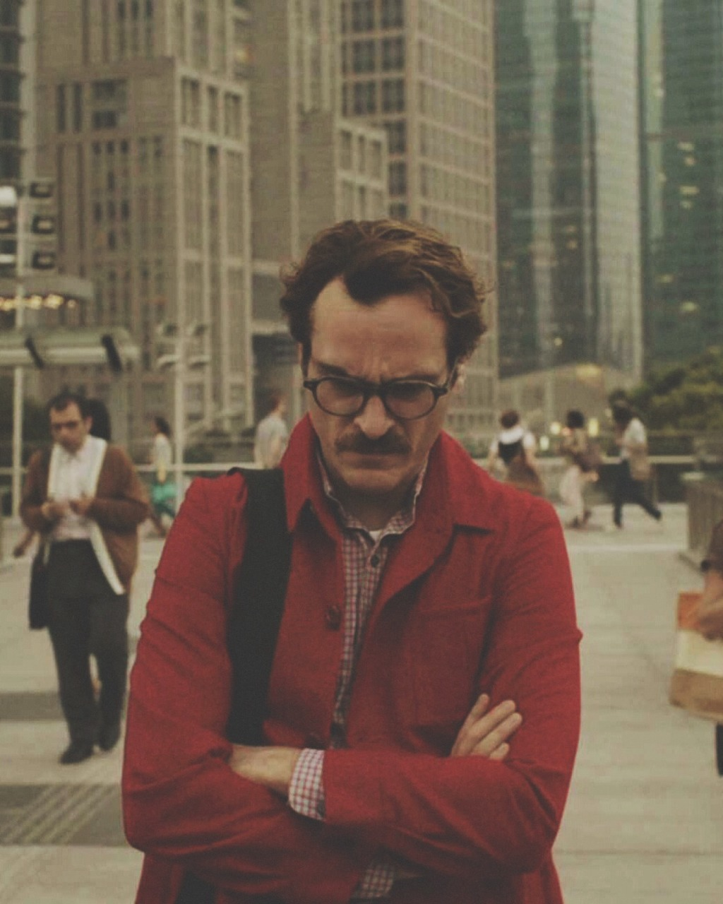 her a review Her 2013 her (2013) all  spike jonze's her uses its just-barely-sci-fi scenario to impart wryly funny wisdom about the state of modern human relationships.