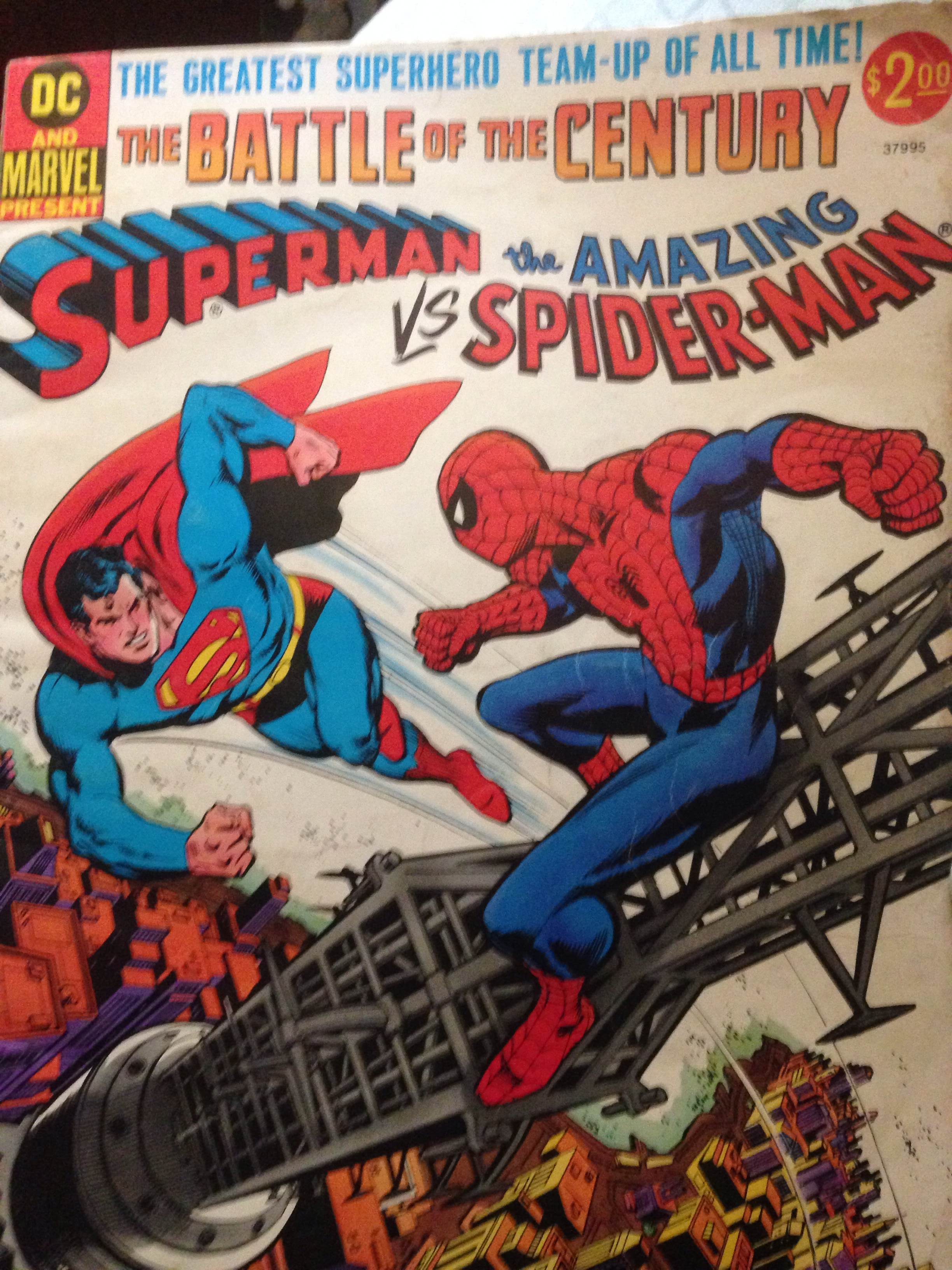 Throwback Comic: Superman vs. Spider-Man – Fangirls Are We  Throwback Comic...